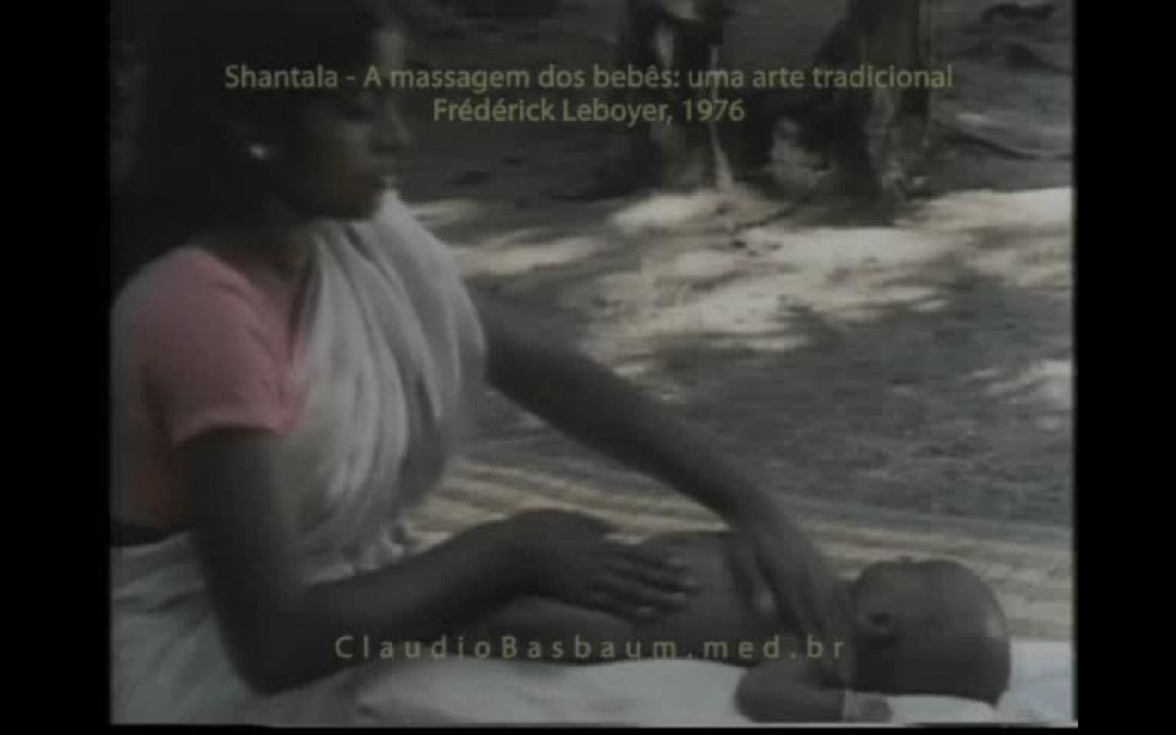 Filme raro exibe Shantala e a massagem para bebês
